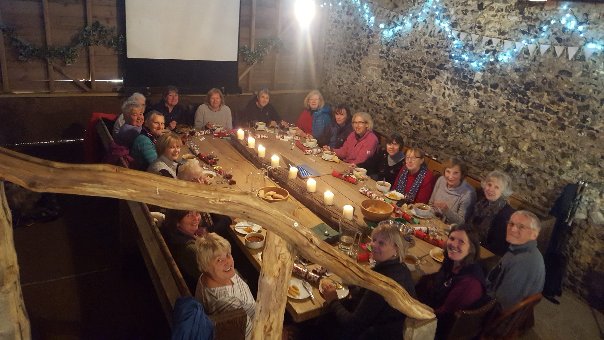 early-christmas-lunch-at-the-barn
